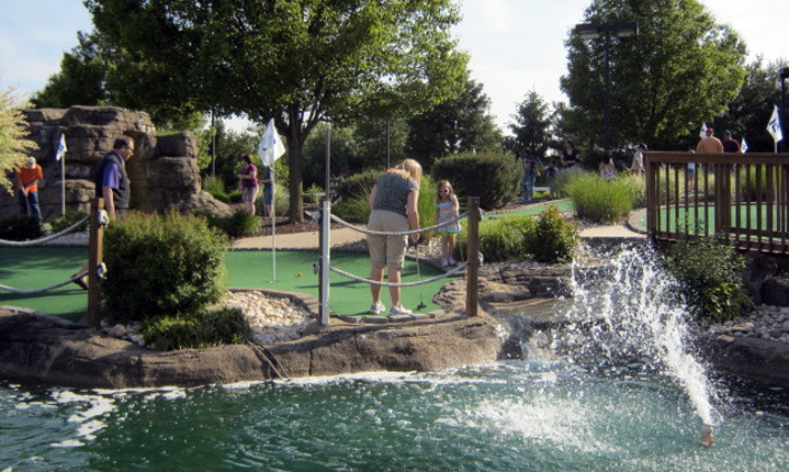 Take Your Friends and Family to Markie's Mini-Golf!