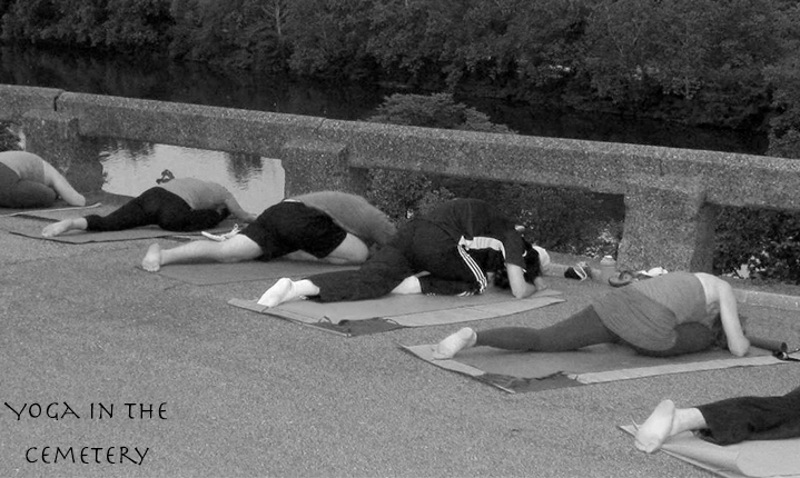 Yoga-in-the-cemetery